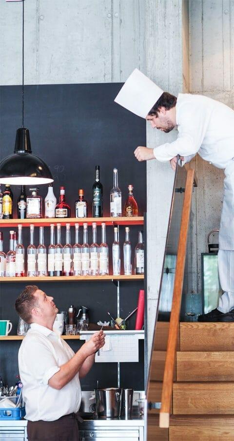 Zeitgeist_Pergola Lokal-Cafe-Bar_by gingerinthebasement_001
